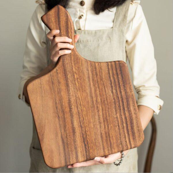 Walnut Chopping Board 1